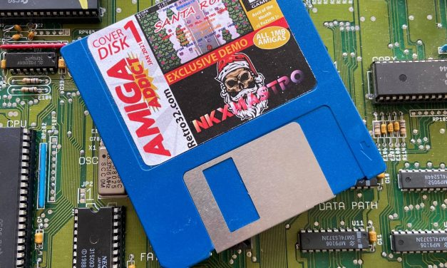Retro32 Amiga Addict Cover disk label
